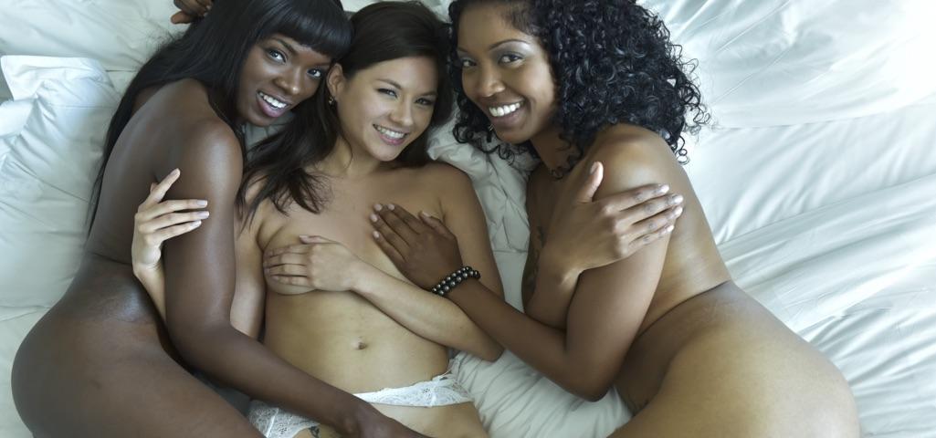 Sexy lesbian girls